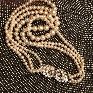 Peal necklace